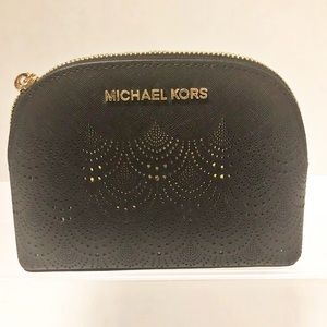 MICHAEL KORS JET SET Travel Pouch in Black/Gold